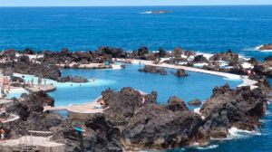 Natural-lava-pool-madeira.gif